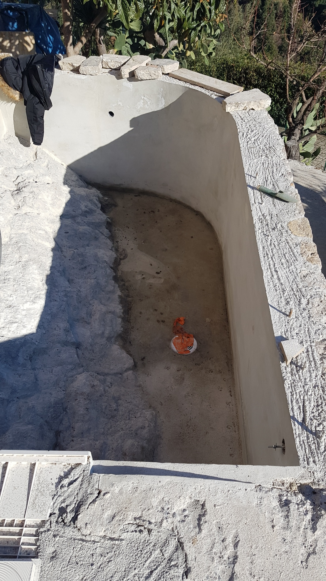 02-renovation-piscine-chantier-tourette-sur-loup